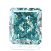 Зеленый бриллиант с ярким голуьым зеленым цветом