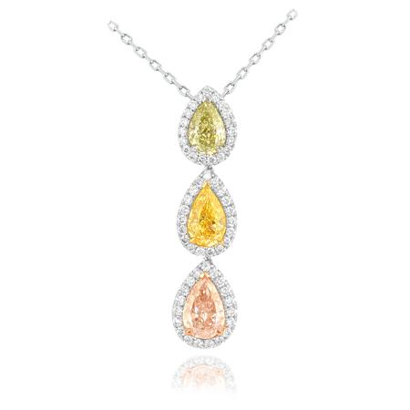 Pendant with colored diamonds