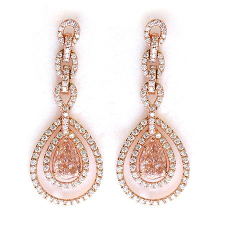 Earrings with pink diamonds