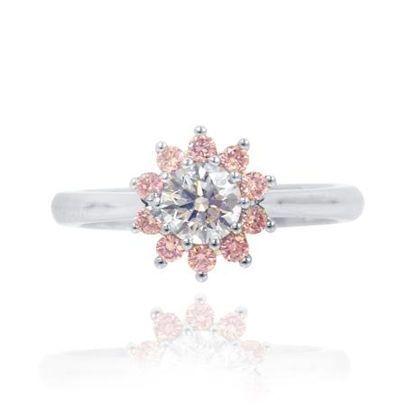 Ring with pink diamonds