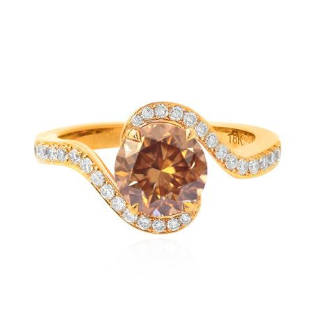 Ring with oval diamond of brown color