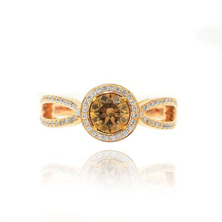 Ring with natural brown diamond