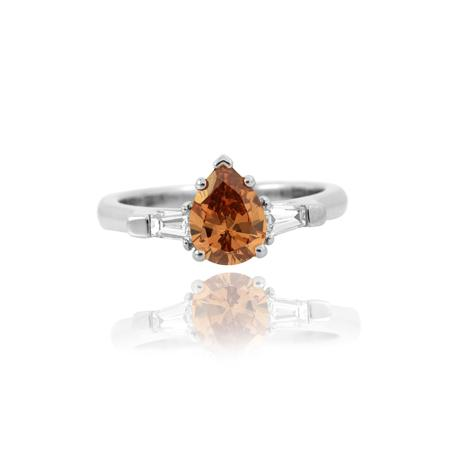 Ring with brown diamond of drop cutting
