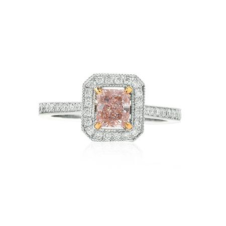 Ring with natural pink diamond